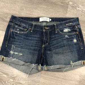 Abercrombie cut off shorts
